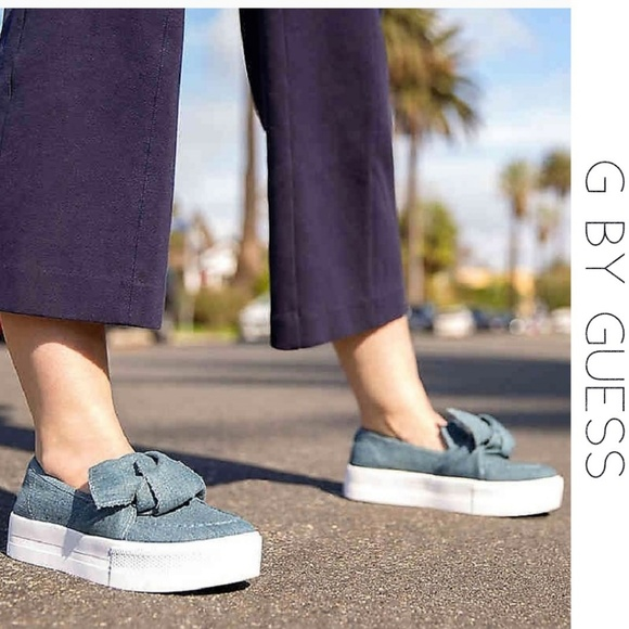 80a953f7e3d3e G BY GUESS Chippy Platform Bow Sneakers 8 M